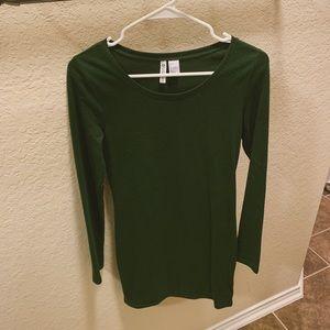 New long sleeve green dress